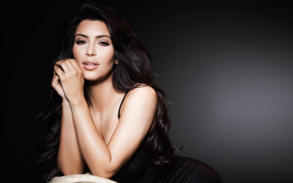 ff85702b04 Kim Kardashian biograpghy - (Age